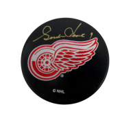 Gordie Howe Signed Red Wings Logo Hockey Puck (JSA COA)
