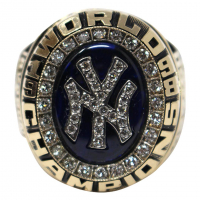 Authentic New York Yankees 1998 World Series Championship Ring at PristineAuction.com