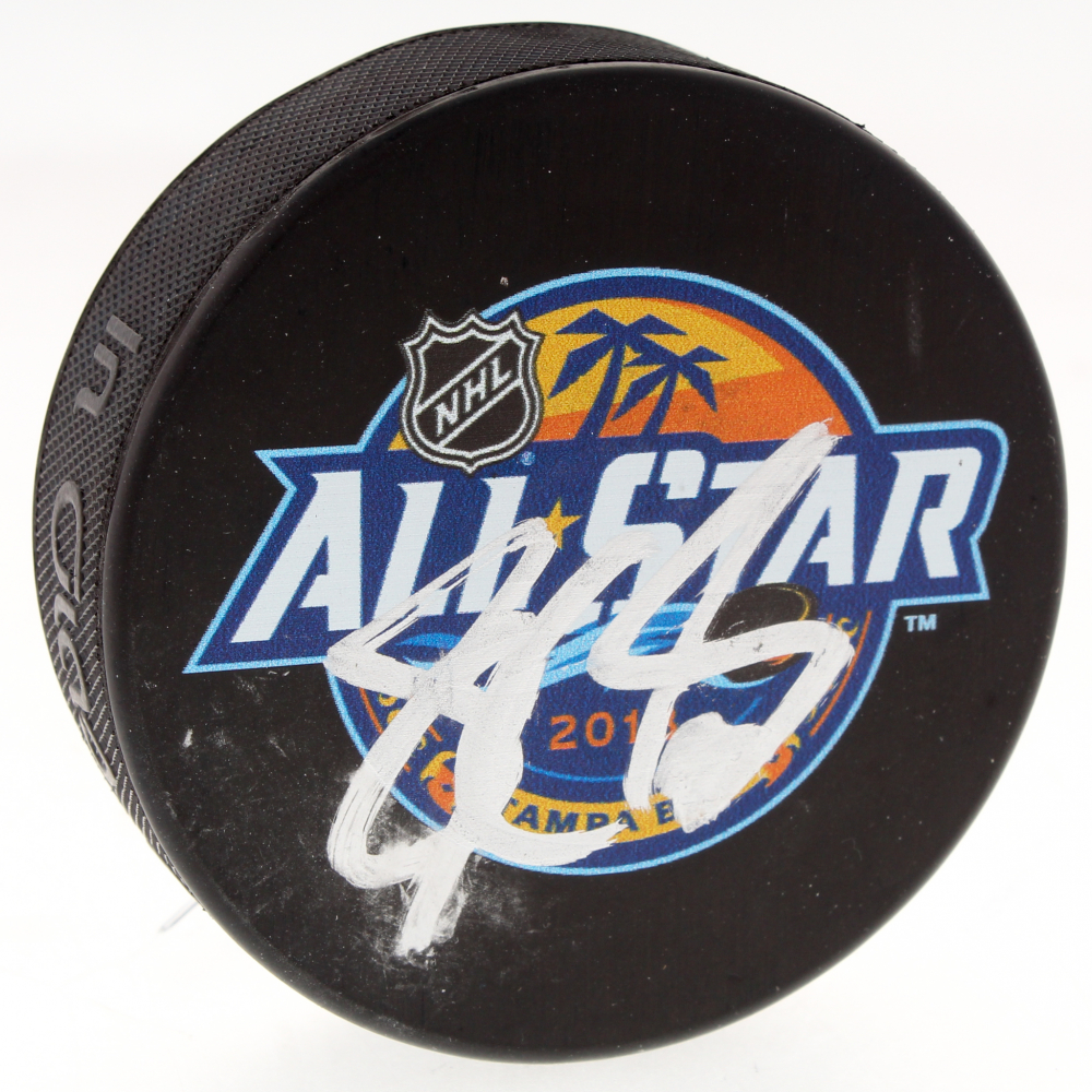 Sidney Crosby Signed 2018 All Star Logo Hockey Puck (JSA COA) at  PristineAuction. 5b7bc596e73