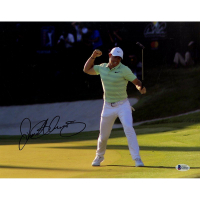 Rory McIlroy Signed 11x14 Photo (Beckett COA)
