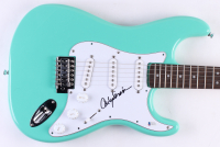 Carly Simon Signed Full-Size Fender Electric Guitar (Beckett COA) at PristineAuction.com