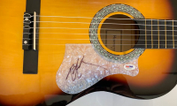 Willie Nelson Signed Full-Size Huntington Acoustic Guitar (PSA COA) at PristineAuction.com