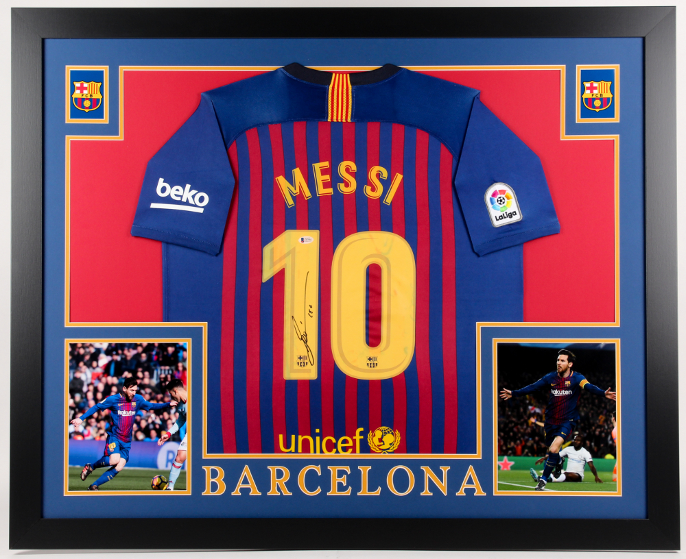 369eb05038a Lionel Messi Signed Barcelona 35x43 Custom Framed Jersey Display (Beckett  COA)