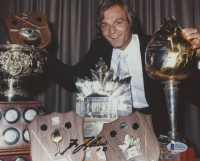 Guy Lafleur Signed Canadiens 8x10 Photo (Beckett COA)
