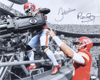 Patrick Mahomes & Tyreek Hill Signed Chiefs 16x20 Photo (JSA COA)
