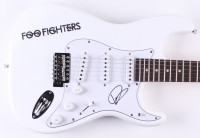 """Dave Grohl Signed """"Foo Fighters"""" 38"""" Electric Guitar (Beckett COA)"""
