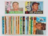 Lot of (32) 1960 Topps Basbeall Cards with #280 Juan Marichal, #205 Nellie Fox, #7 NL Batting Leaders / Tommy Davis / Roberto Clemente / Dick Groat / Hank Aaron