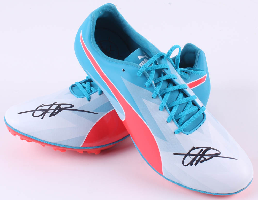 Usain Bolt Signed Pair of (2) Puma evoSpeed V6 Track Shoes (JSA Hologram) 936dda1cb