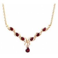 6.84 CT Black Garnet & Diamond Elegant Necklace