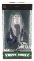 "Mel Brooks Signed ""Young Frankenstein"" Igor #29 Vinyl Idolz Figure (PSA COA) at PristineAuction.com"