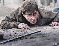 """Daniel Radcliffe Signed """"Harry Potter and the Deathly Hallows - Part 2"""" 11x14 Photo (Beckett Hologram) at PristineAuction.com"""