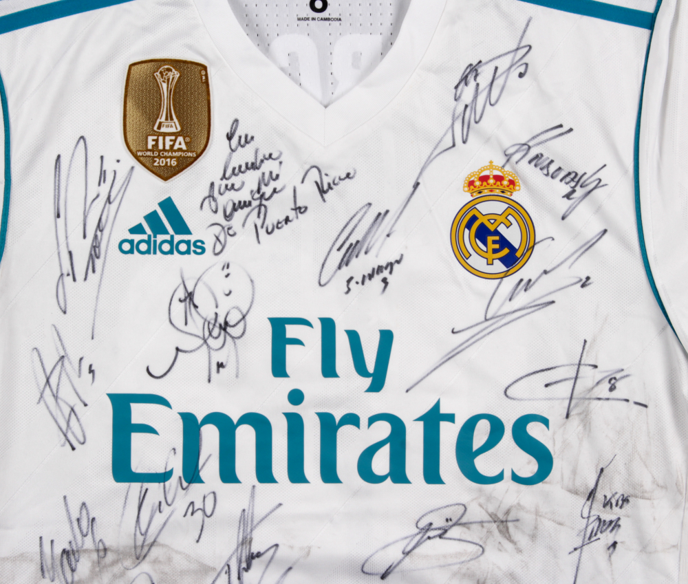 aa4a7b88e 2016 FIFA World Champions Real Madrid Jersey Team-Signed by (22) with Sergio