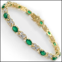12.25 CT Green Agate & Diamond Designer Bracelet