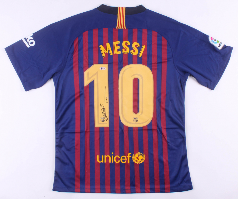 """Lionel Messi Signed FC Barcelona Nike Jersey Inscribed """"Leo"""" (Beckett COA) at PristineAuction.com"""