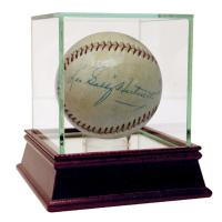 "Leo ""Gabby"" Hartnett Signed Baseball with High Quality Display Case (JSA LOA)"