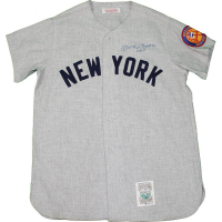 "Mickey Mantle Signed New York Yankees Mitchell & Ness Jersey Inscribed ""No. 7"" (JSA COA) at PristineAuction.com"