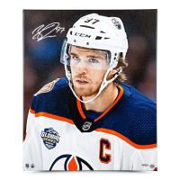 "Connor McDavid Signed Edmonton Oilers ""Looking On"" 20x24 Photo on Canvas (UDA COA) at PristineAuction.com"