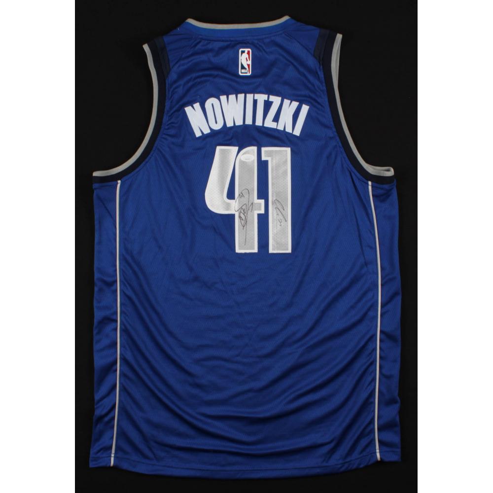 release date: 963ff f7e36 Online Sports Memorabilia Auction | Pristine Auction
