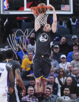 Klay Thompson Signed Golden State Warriors 11x14 Photo (Beckett COA)