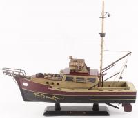 "Richard Dreyfuss Signed ""Jaws"" Orca Model Boat (JSA COA)"