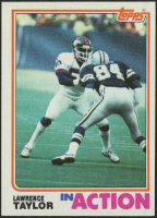 1982 Topps #435 Lawrence Taylor In Action