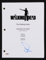 "Andrew Lincoln Signed ""The Walking Dead: Last Day on Earth"" Episode Script (PSA COA)"