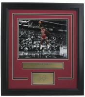 Michael Jordan Chicago Bulls 17x19 Custom Framed Photo Display at PristineAuction.com
