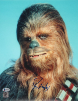 "Peter Mayhew Signed ""Star Wars"" 11x14 Photo (Beckett COA & Chewbacca Hologram)"
