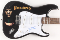 "Elijah Wood Signed ""Lord of the Rings"" Fender 39"" Electric Guitar (JSA COA) at PristineAuction.com"