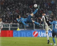 Cristiano Ronaldo Signed Real Madrid 16x20 Photo (Beckett COA)