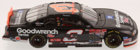 Dale Earnhardt Sr. LE NASCAR 2000 Monte Carlo 76th & Final Win Raced Version 1:24 Die-Cast Car