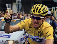 Lance Armstrong Signed Tour de France 11x14 Photo (Beckett LOA)