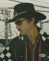 Richard Petty Signed NASCAR 8x10 Photo (Beckett COA)