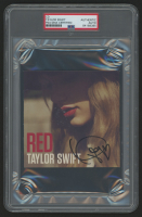 """Taylor Swift Signed """"Red"""" CD Booklet (PSA Encapsulated) at PristineAuction.com"""