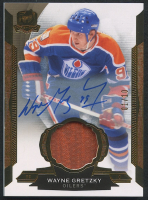 2014-15 The Cup Gold #34 Wayne Gretzky Jersey Auograph #10/10 at PristineAuction.com