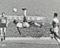 "Pele Signed Team Brazil ""Bicycle Kick"" 16x20 Photo (PSA COA) at PristineAuction.com"