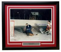 Gordie Howe Signed Detroit Red Wings 22x27 Custom Framed Photo Display (JSA COA)