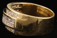18Kt Yellow Gold Diamond Band at PristineAuction.com