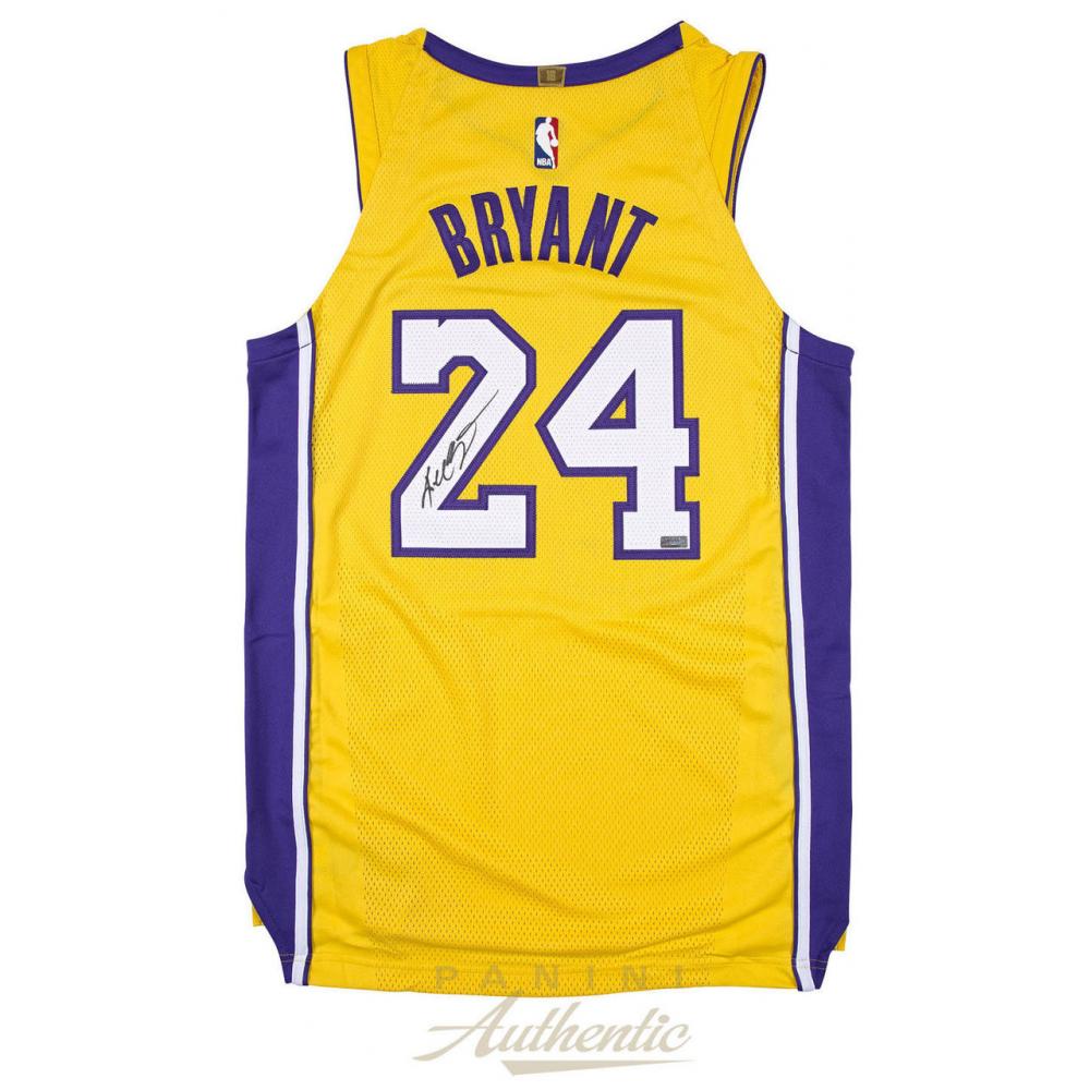 Kobe Bryant Signed Los Angeles Lakers Jersey (Panini COA ...