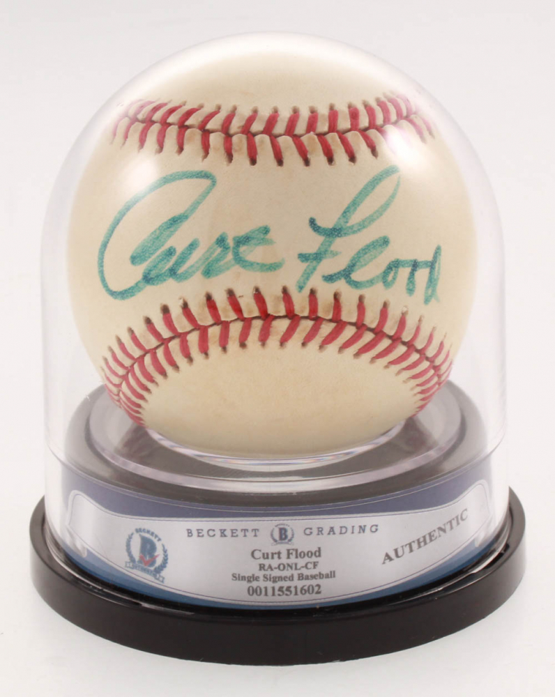 Curt Flood Signed ONL Baseball (Beckett Encapsulated) at PristineAuction.com