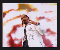 Snoop Dogg Signed 16x20 Photo (Beckett COA) at PristineAuction.com