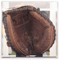 """Johnny Bench Signed Rawlings Catcher's Glove with Display Case Inscribed """"10x G.G."""" & """"HOF 89"""" (PSA COA) at PristineAuction.com"""