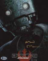 "Alan Tudyk Signed ""Rogue One: A Star Wars Story"" 8x10 Photo (Beckett COA) at PristineAuction.com"