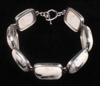 "Silver White Buffalo Quartz Toggle 7.5"" Bracelet at PristineAuction.com"