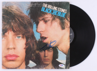 "Keith Richards Signed The Rolling Stones ""Black & Blue"" Vinyl Record Album (PSA LOA) at PristineAuction.com"