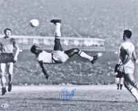 "Pele Signed Team Brazil ""Bicycle Kick"" 16x20 Photo (Beckett COA) at PristineAuction.com"