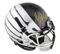 Marcus Mariota Signed Oregon Ducks Full-Size Authentic On-Field Liquid Metal Carbon Helmet (Radtke COA) at PristineAuction.com