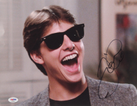"Tom Cruise Signed ""Risky Business"" 11x14 Photo (PSA Hologram) at PristineAuction.com"