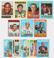 Lot of (17) Football Cards with 1965 Philadelphia #83 Willie Wood, 1972 Topps #116 Dave Robinson, 1971 Topps #20 Larry Wilson, 1971 Topps #47 Jim Hart, 1972 Topps #9 Jim Kiick at PristineAuction.com