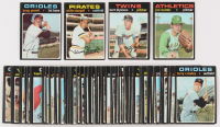 Lot of (100) 1971 Topps Baseball Cards with #26 Bert Blyleven RC, #45 Jim Hunter, #700 Boog Powell, #230 Willie Stargell at PristineAuction.com
